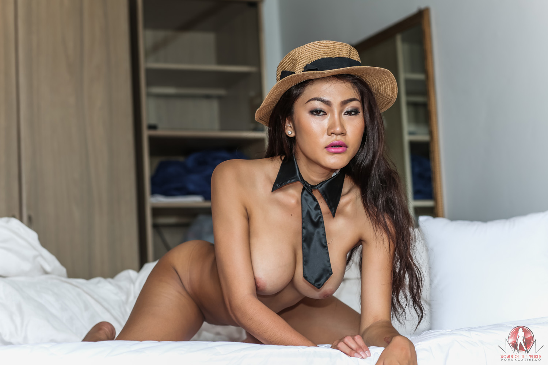 Bangkok Porn in bed with bangkok party girl angie