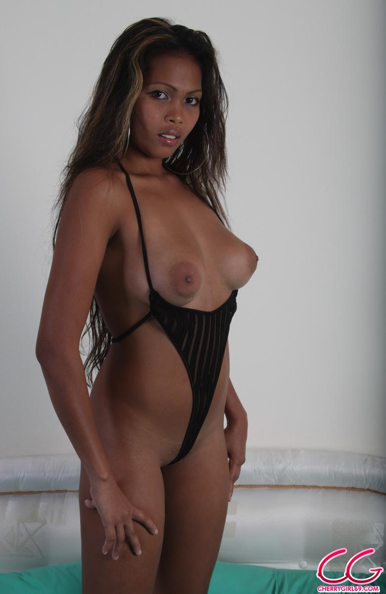 pinay naked boobs black