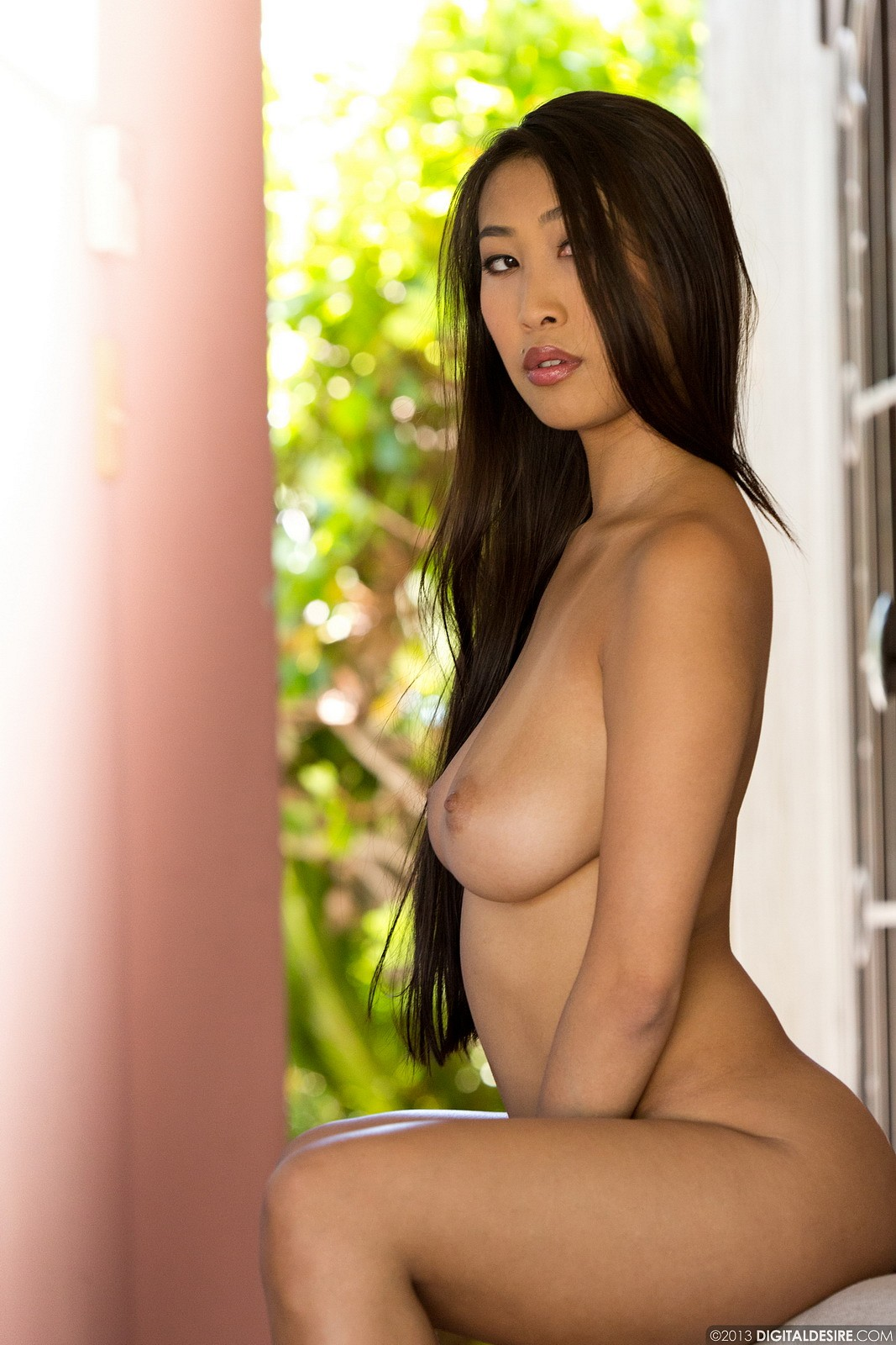 Sexy chinese naked chicks