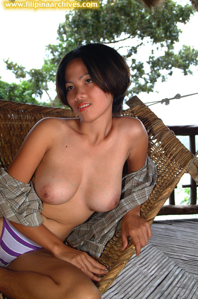 Mature wife with 34gg breasts nude
