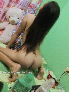 naked pinay