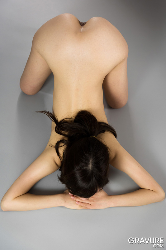 female naked asian contortionists
