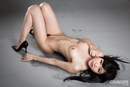 studio nude from Tokyo