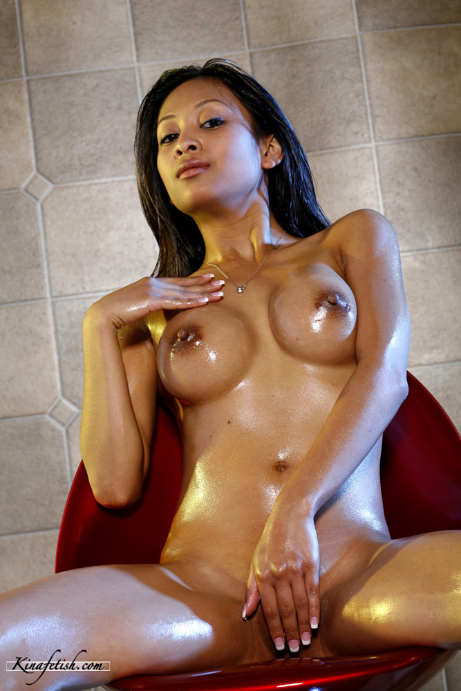 sexy-wet-nude-asian-women-nude