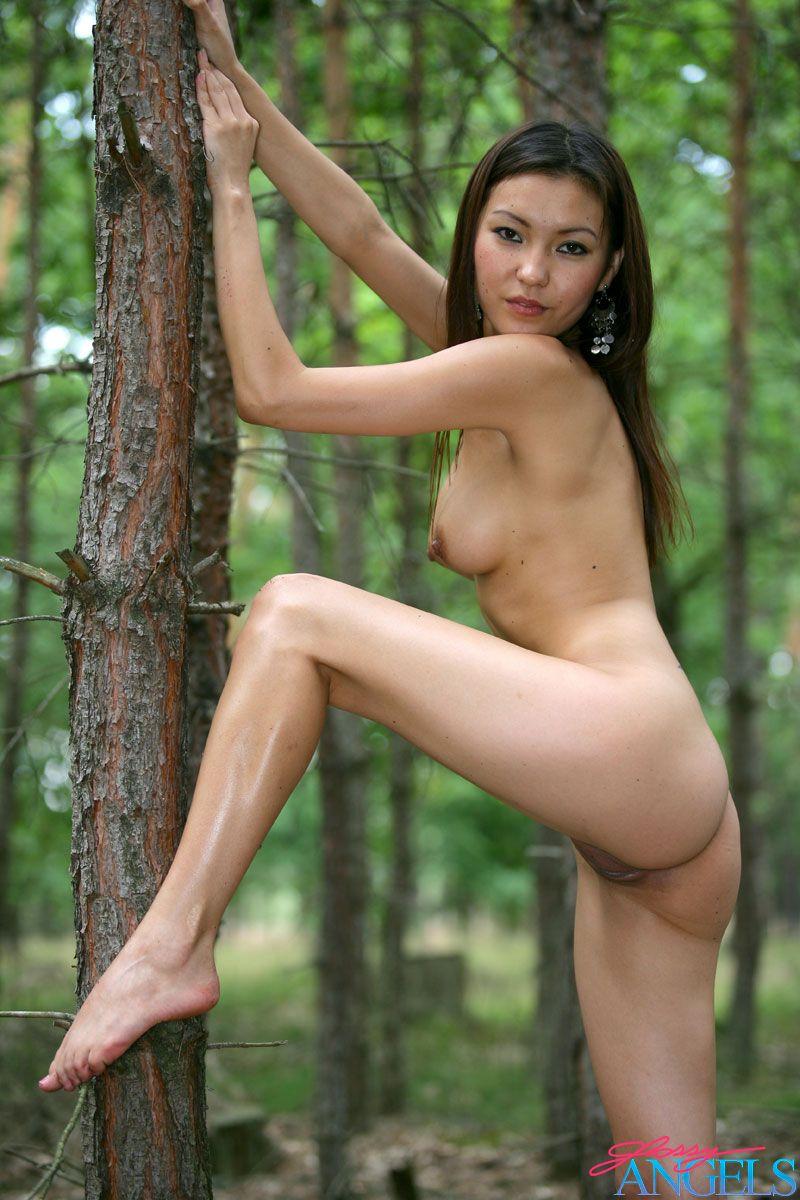 Agnes Outdoor Forrest Nudes-6657