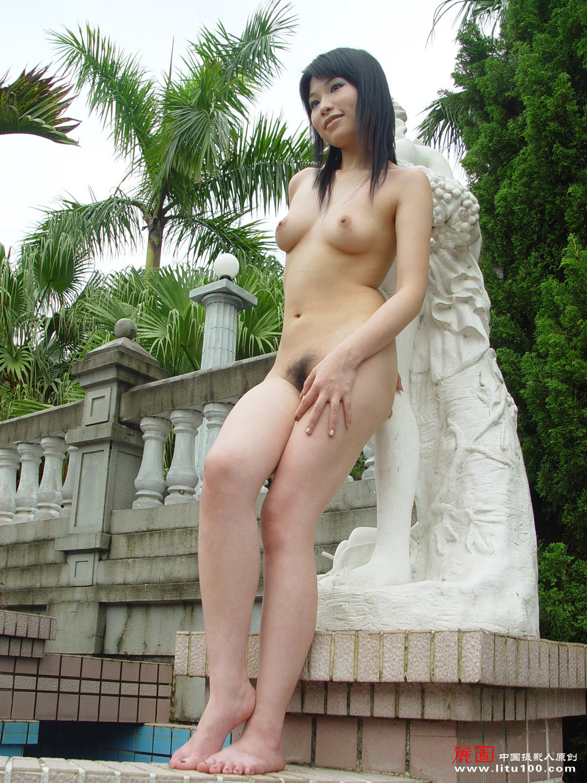 Hong kong artist nude adult famous queen