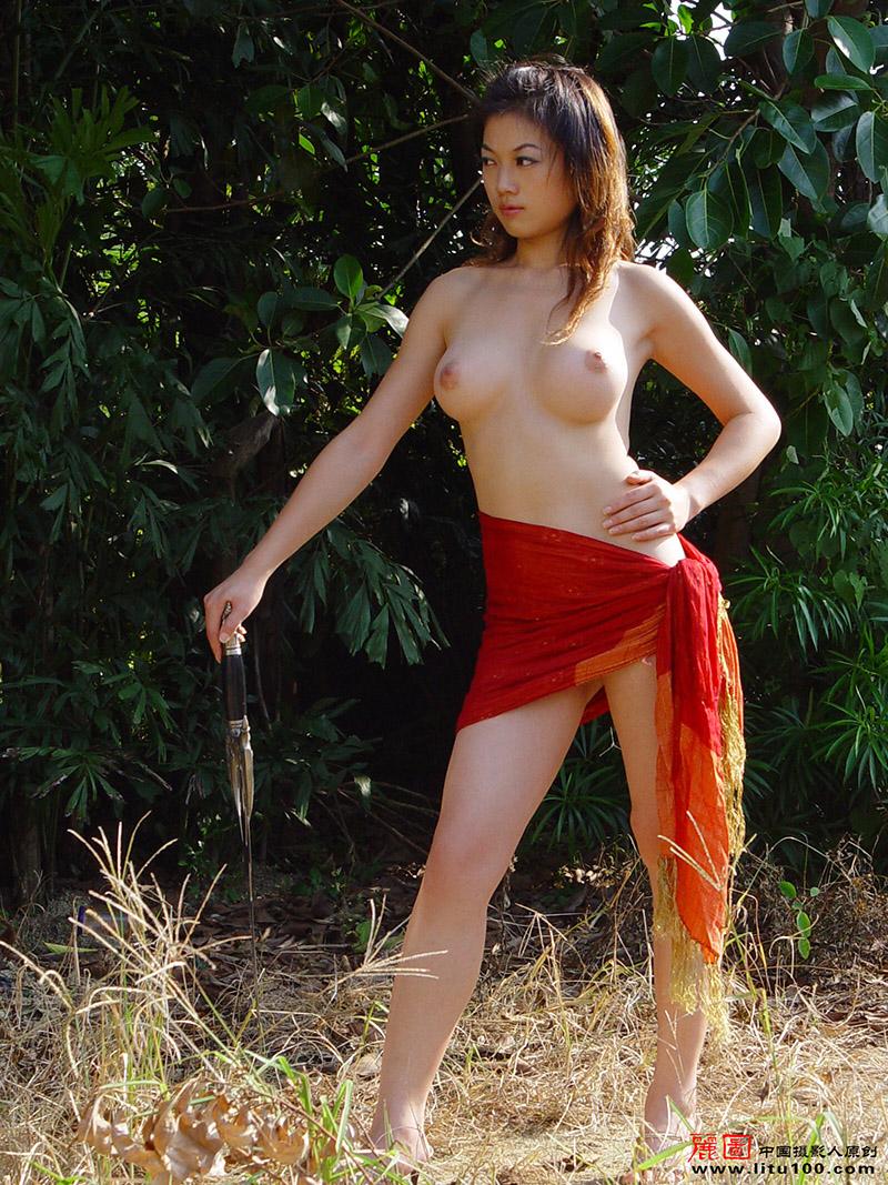 Naked Chinese Farmer Poses In Vinyard-9670