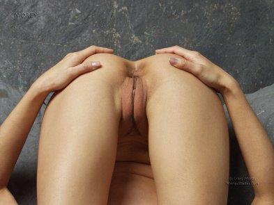 Asian American labia