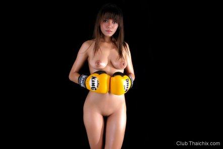 nude Muay Thai