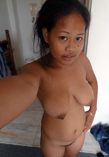 Naked indian moms pussy