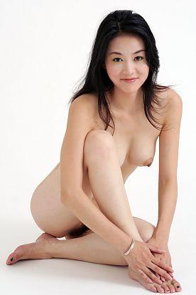 """Tiang Fang:""""White"""" by Fan Xue Hui with hairy Shanghai beaver"""