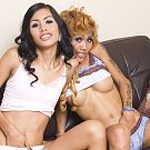 Pattaya ladyboys Karn and Noon test their panty strength and contents